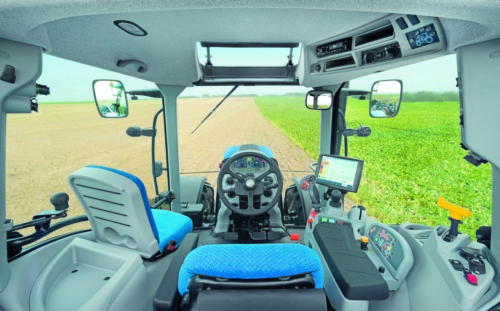 new holland t6 auto command kabina New Holland wprowadza na rynek serię ciągników T6 Auto Command
