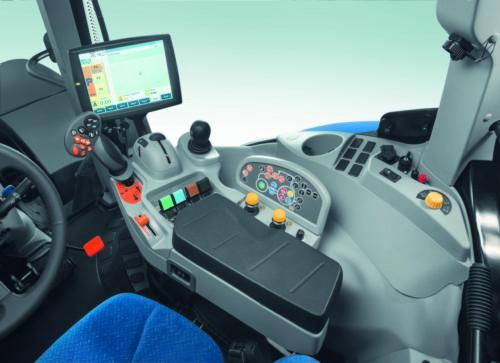 new holland t6 auto command podokietnik New Holland wprowadza na rynek serię ciągników T6 Auto Command