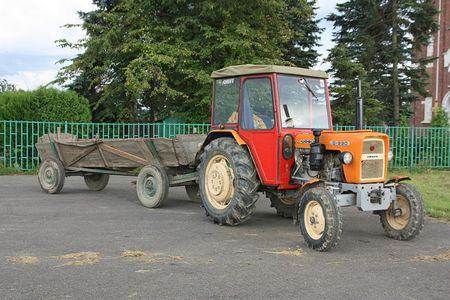 ursus c 330 Ursus C 330   legenda polskiego rolnictwa