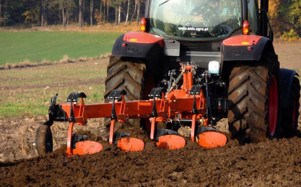 Kubota CM1005 Kubota   premiera maszyn uprawowych w Kielcach